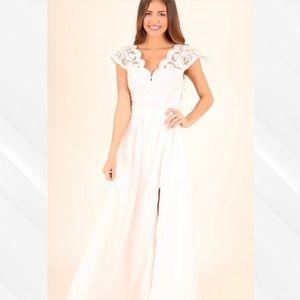 Soièblu Ivory Lace Maxi Dress